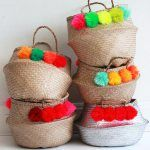 POMPOMS & BASKETS